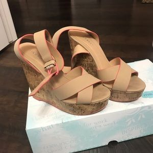 Maurice's size 6 tan and coral wedges